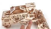 model-combine-ugears-3